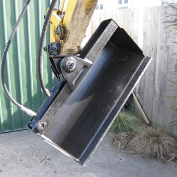 Custom-Made Tilt Bucket for Excavator